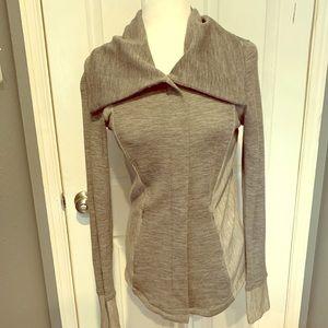 Akini wool lightweight jacket